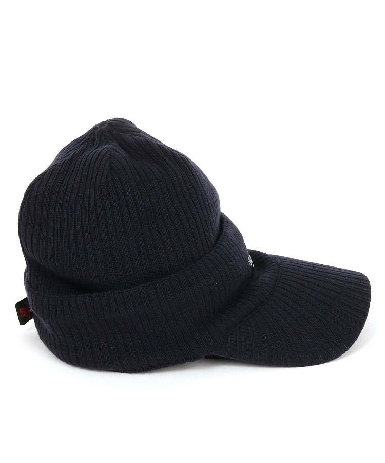 NB ニット帽×ニットバイザーコンビのコーディネート写真