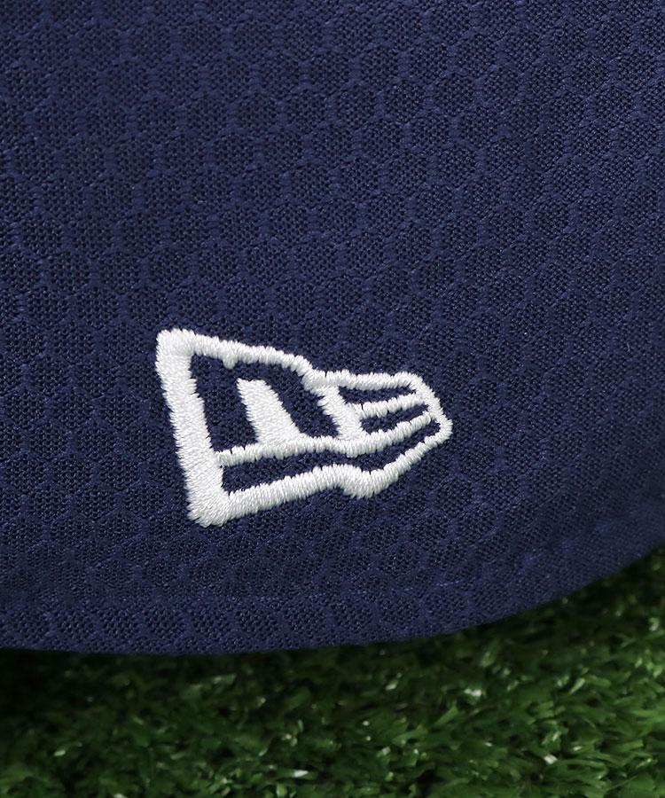 NE 定番系ロゴ刺しゅう入りキャップ(ネイビー)のコーディネート写真