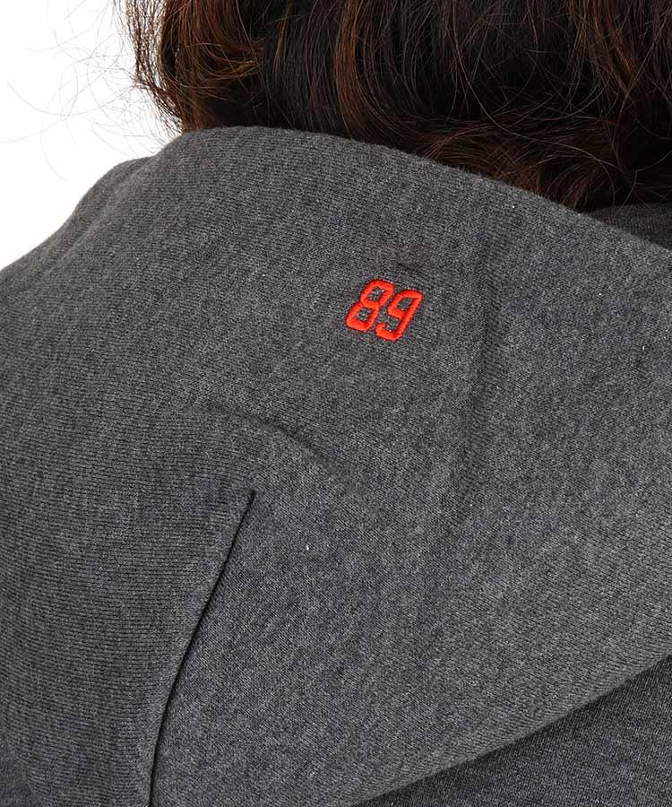 PG ロゴ刺しゅうコットンパーカーのコーディネート写真