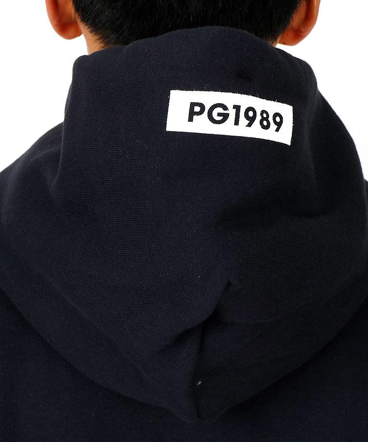 PG BIGロゴスウェットパーカーのコーディネート写真