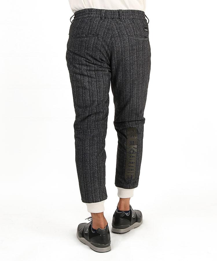 RD ヘリンボーン中綿パンツのコーディネート写真