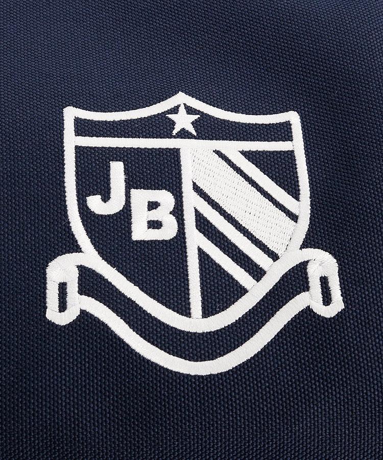 JB エンブレムロゴ定番系BIGトートのコーディネート写真