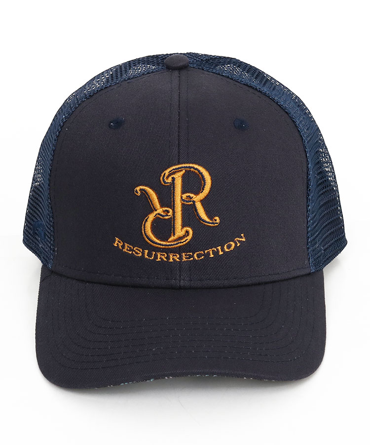 RR RRロゴ刺しゅうメッシュキャップのコーディネート写真