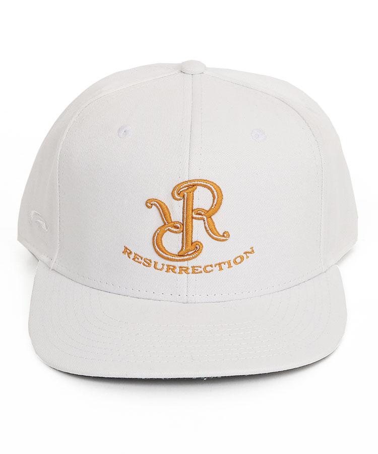 RR RRロゴ刺しゅう◆フラットブリムキャップのコーディネート写真