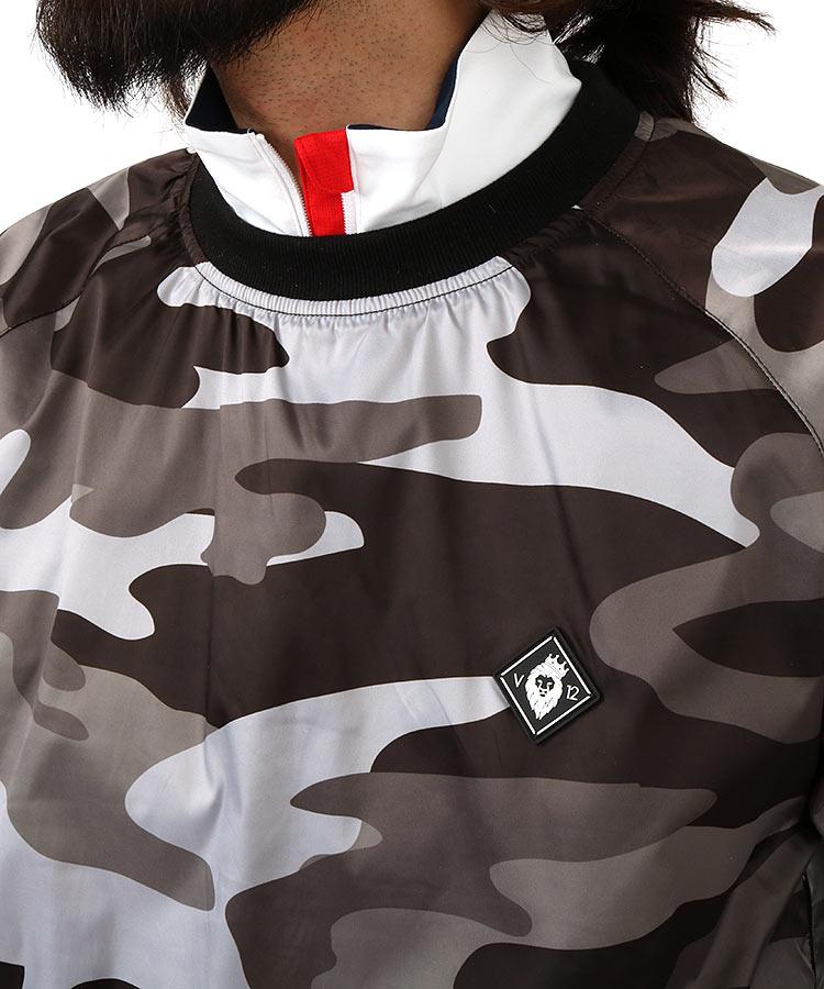 VI Backプリントカモスニードジャックのコーディネート写真